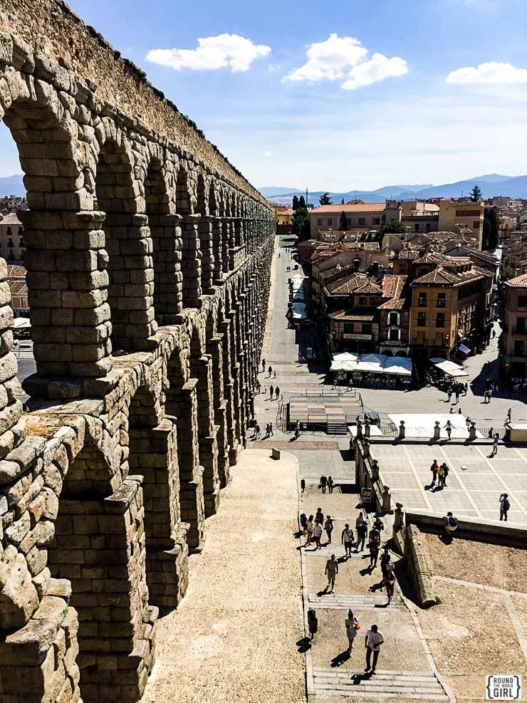 Segovia Aqueduct | www.rtwgirl.com