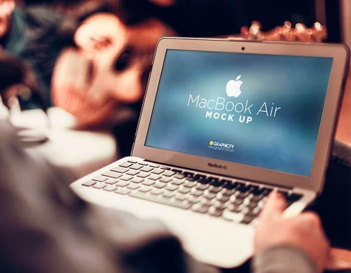 Perangkat Utama - Bekerja Sambil Liburan? Siapa Takut! - graphicfy.com