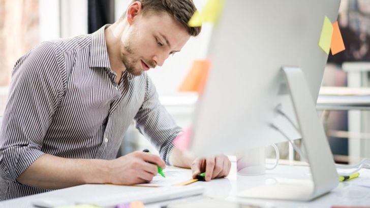 Tinjau Kualitas & Kuantitas Kompetisi - 7 Tips Berkompetisi dan Mendapatkan Klien di 99designs - pilihkan.blogspot.com