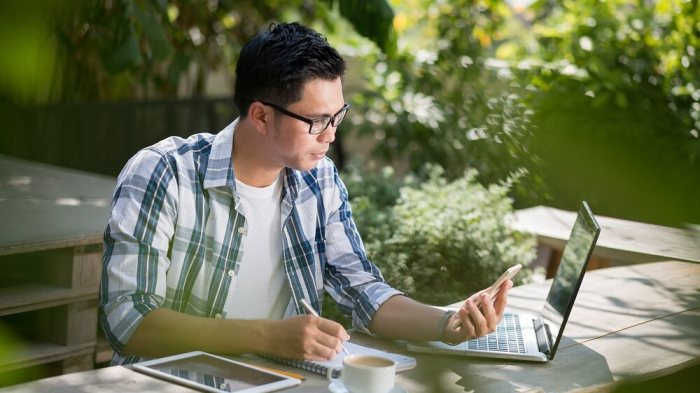 Pilih Profesi Freelance - Transisi Dari Pegawai Menjadi Seorang Freelancer - jadiBerita.com