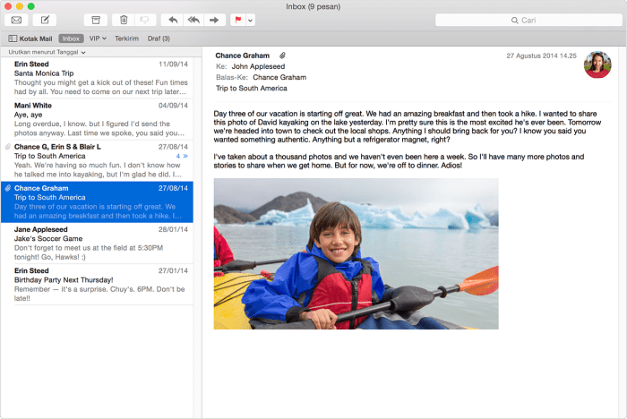 Memeriksa email