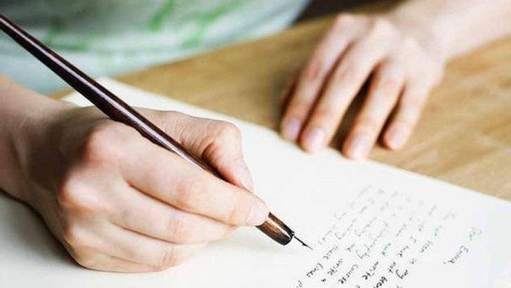 Cara Menghasilkan Uang Pertama dari Pekerjaan Penulis Freelance - literasipribumi.wordpress.com