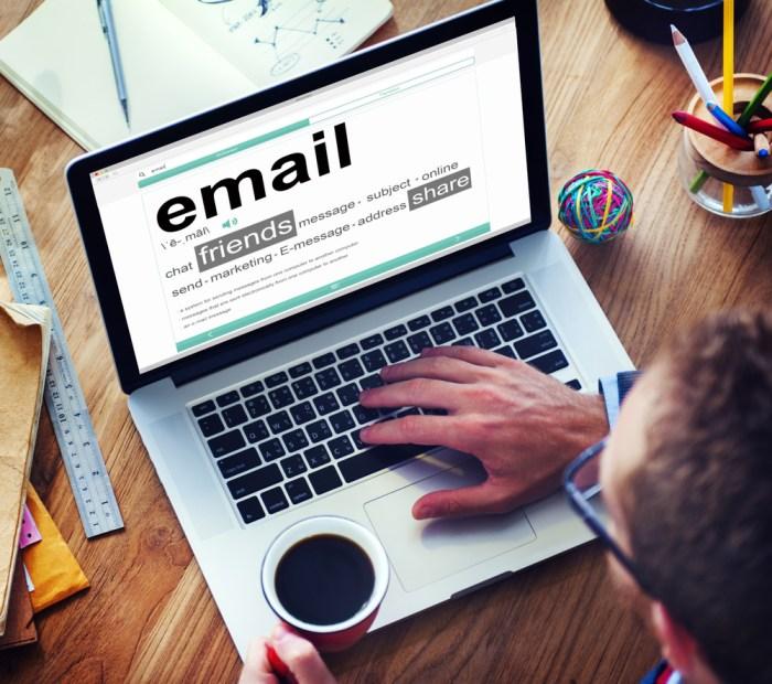 Seni Menulis Email dan Pengaruhnya Bagi Bisnis Anda