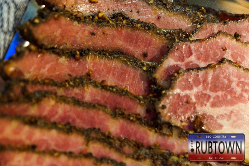 Corned Beef wird zu Pastrami