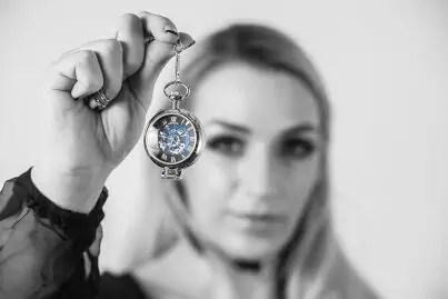 Femdom Hypnosis Mistress Ruby Pendulum