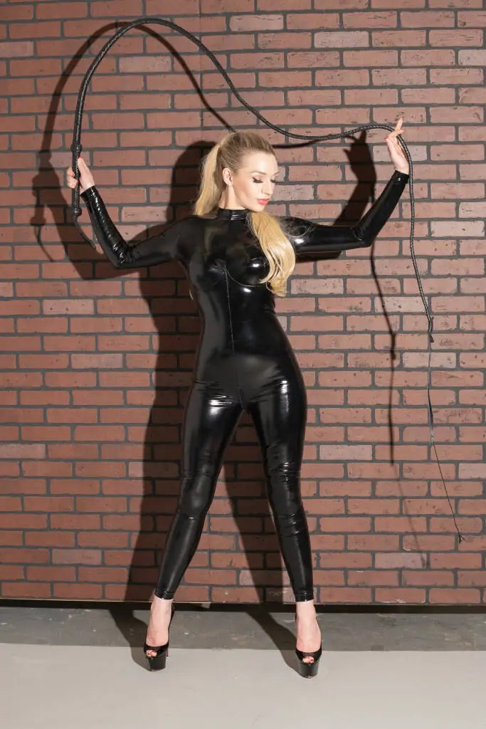 classic dominatrix sessions with seattle mistress ruby enraylls