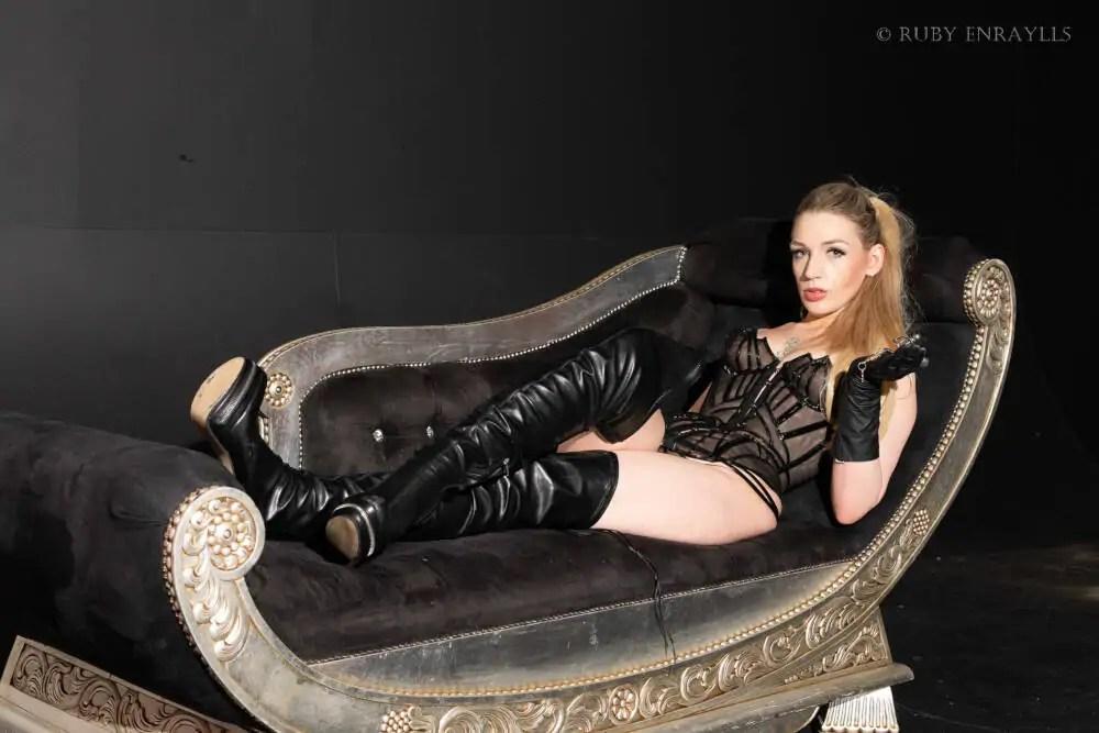 leather fetish mistress ruby enraylls