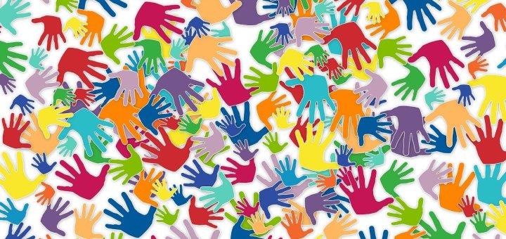 hand prints volunteers
