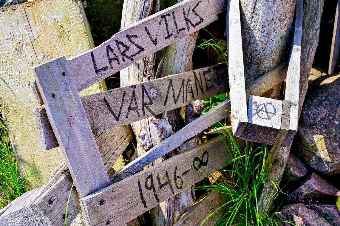 Rinse with Lars Vilks