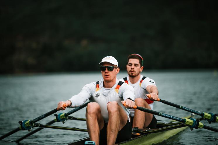 Stephan Krüger und Marc Weber sitzen beim ersten Weltcup in Sabaudia gemeinsam im Boot. Fotos: Feedbuilders