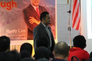 Motivator Indonesia - Motivator Terbaik dan Terkenal di Indonesia, Motivator Bisnis, Motivator Perusahaan - Rudy Lim