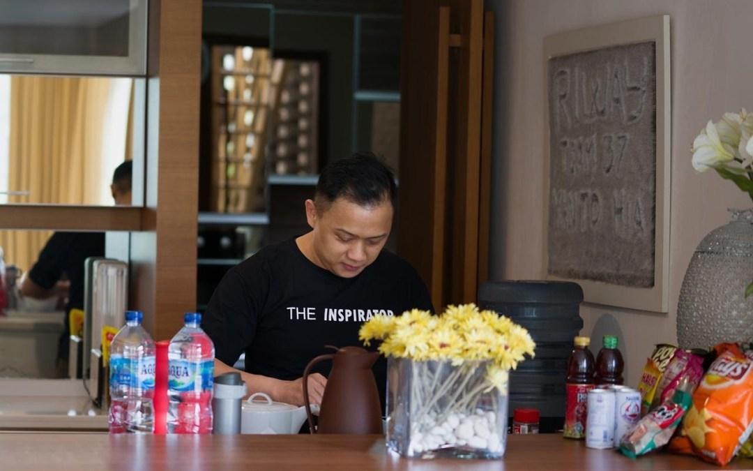 WORK FROM HOME : #DiRumahAja Bersama-sama atasi Virus Corona