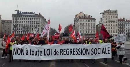 Manif-Contre-Competitivite-emploi-Lyon-5mars13