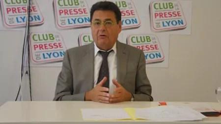 Villeurbanne contre Lyon ? Jean-Paul Bret ne veut pas de Collomb à la tête de la Métropole
