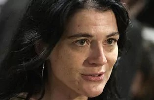 Nathalie Perrin-Gilbert, maire du 1er arrondissement de Lyon