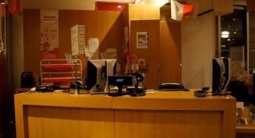 Le dernier client est parti, plus personne derrière la caisse. Crédits Camille Romano/Rue89Lyon