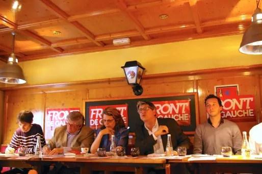 Les candidats Front de gauche pour la région Sud-Est autour de leur tête de liste Marie-Christine Vergiat. A Lyon le 29 avril 2014.