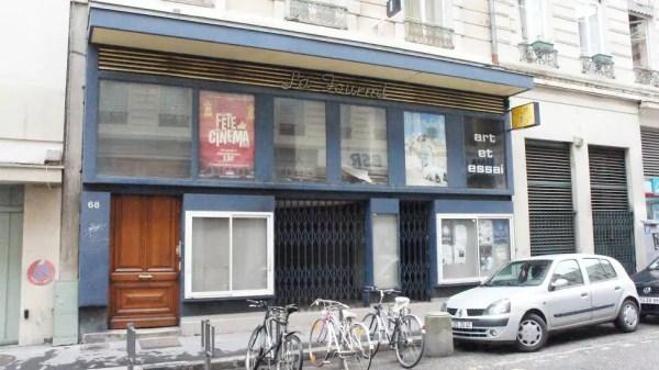 Le cinéma La Fourmi, fermé depuis 2012, va réouvrir à l'automne 2015. Crédit : Clémence Delarbre/Rue89Lyon.