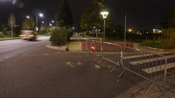 Sur les trois rues permettant d'accéder à la zone, une est totalement fermée.