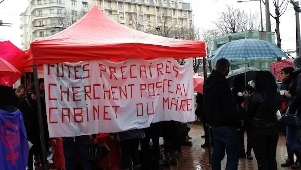 Rassemblement des prostituées de Gerland et de leurs soutiens, place Jean Macé (Lyon 7e). ©LB/Rue89Lyon