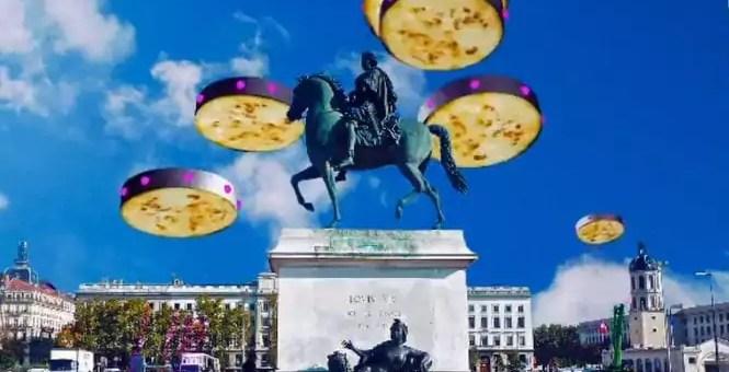 Lyon se fait attaquer par une moussaka dans le teaser du festival «Ecrans Mixtes»