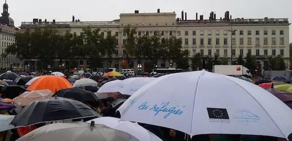La région Rhône-Alpes accueillera 2500 réfugiés (en plus des autres)