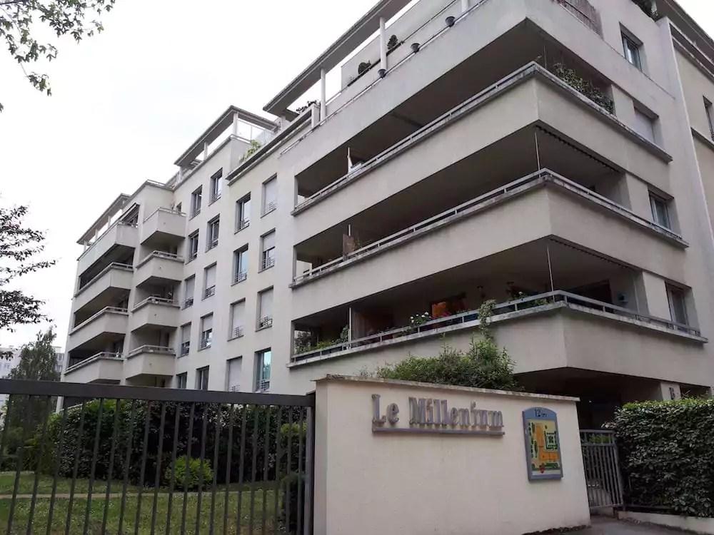 La résidence le Millenium à Sans Souci, dans le quartier Monplaisir à Lyon, là où le vote Macron atteint son record. ©LB/Rue89Lyon