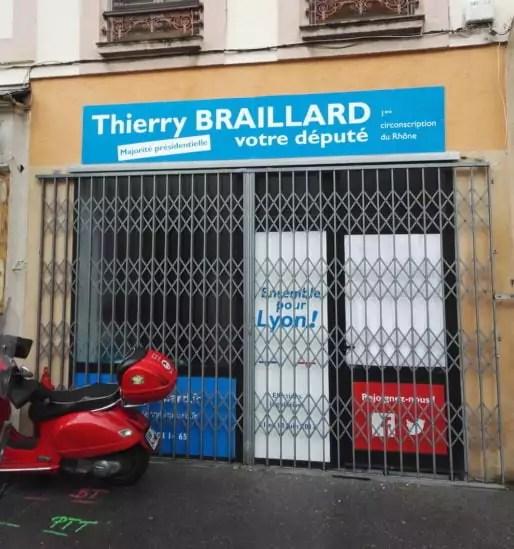 Le local de campagne de Thierry Braillard. Fermé. ©Stéphane Rabut