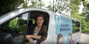 Blandine Brocard dans son bus macronien. Photo DR