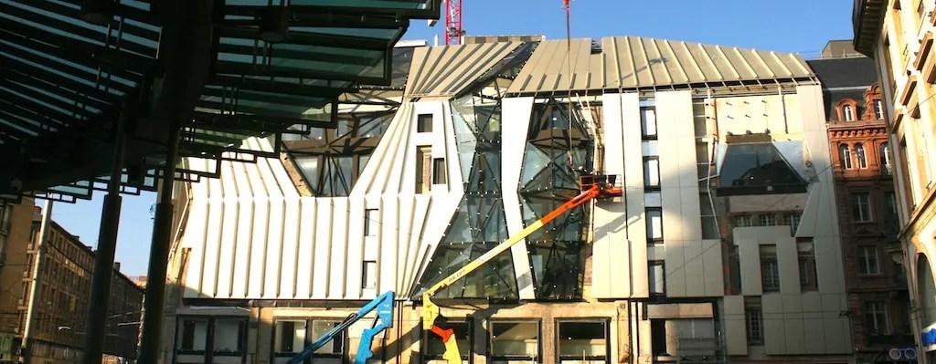 Nouvelle façade du Printemps : «Mieux… mais bof»