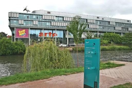 Le siège d'Arte, une représentation de l'Europe plus efficace que les excentriques longues vues. (Photo JFG)
