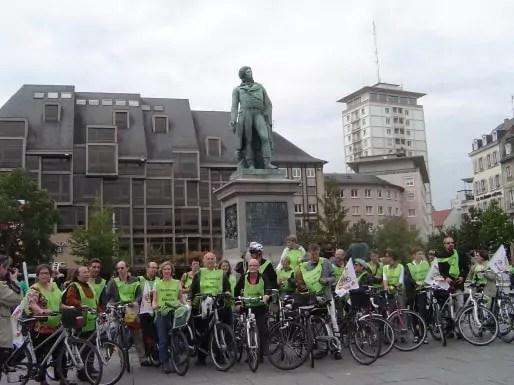 Les universitaires strasbourgeois rallient Paris à vélo. (document transmis)