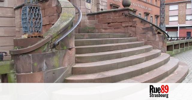 Rassemblement contre la privatisation de la piscine - Piscine municipale exterieure strasbourg ...