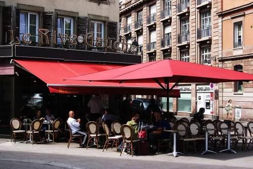 La terrasse de la brasserie Le Rive Gauche. (Photo Nadège El Ghomari)