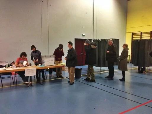 Dans le bureau de vote 402 en milieu d'après-midi (Photo JFG / Rue89 Strasbourg / cc)