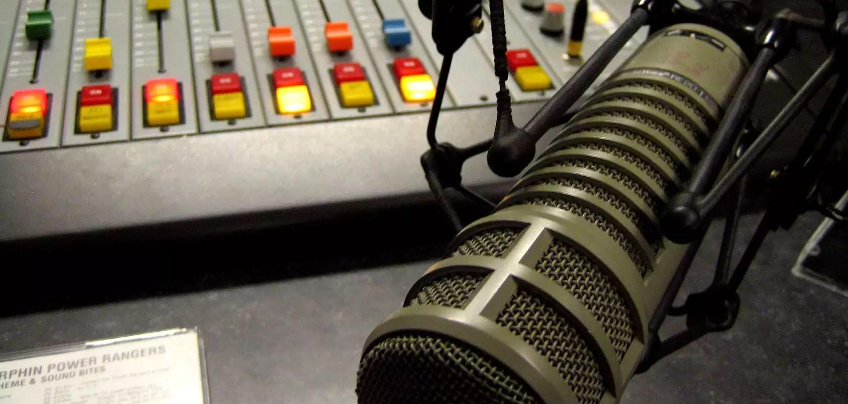 Législatives : réécoutez le débat radio entre Éric Elkouby et Thierry Michels