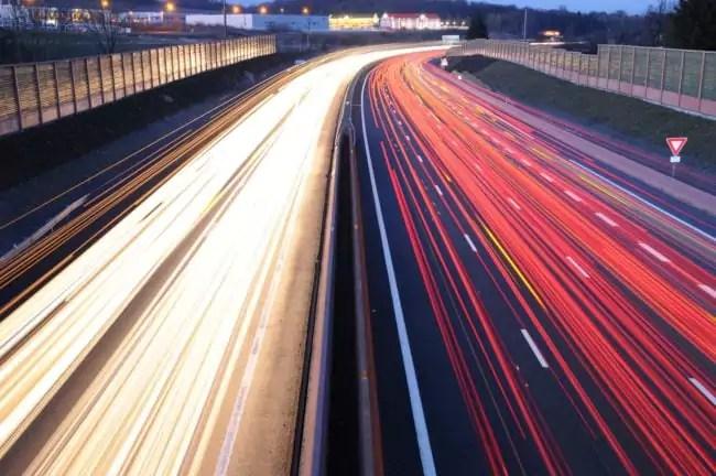 Filé sur l'autoroute A36 (Photo Thomas Bresson / FlickR / cc)