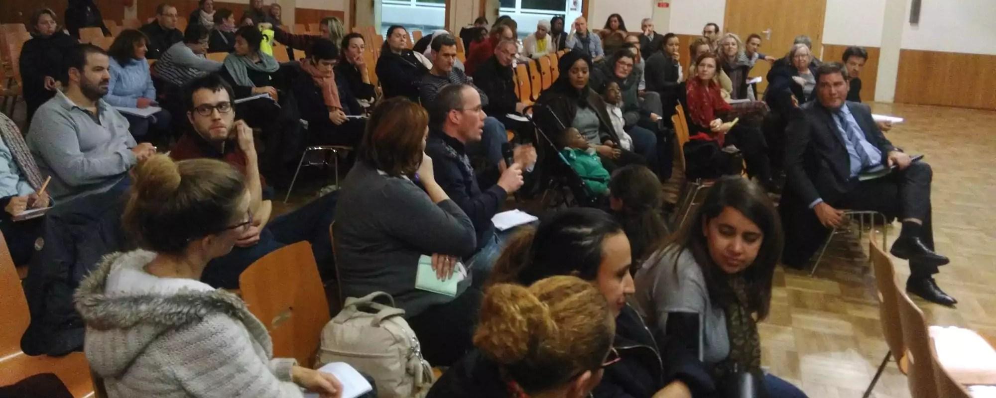 Cantines scolaires: Strasbourg promet aux parents d'élèves la fin des barquettes en plastique