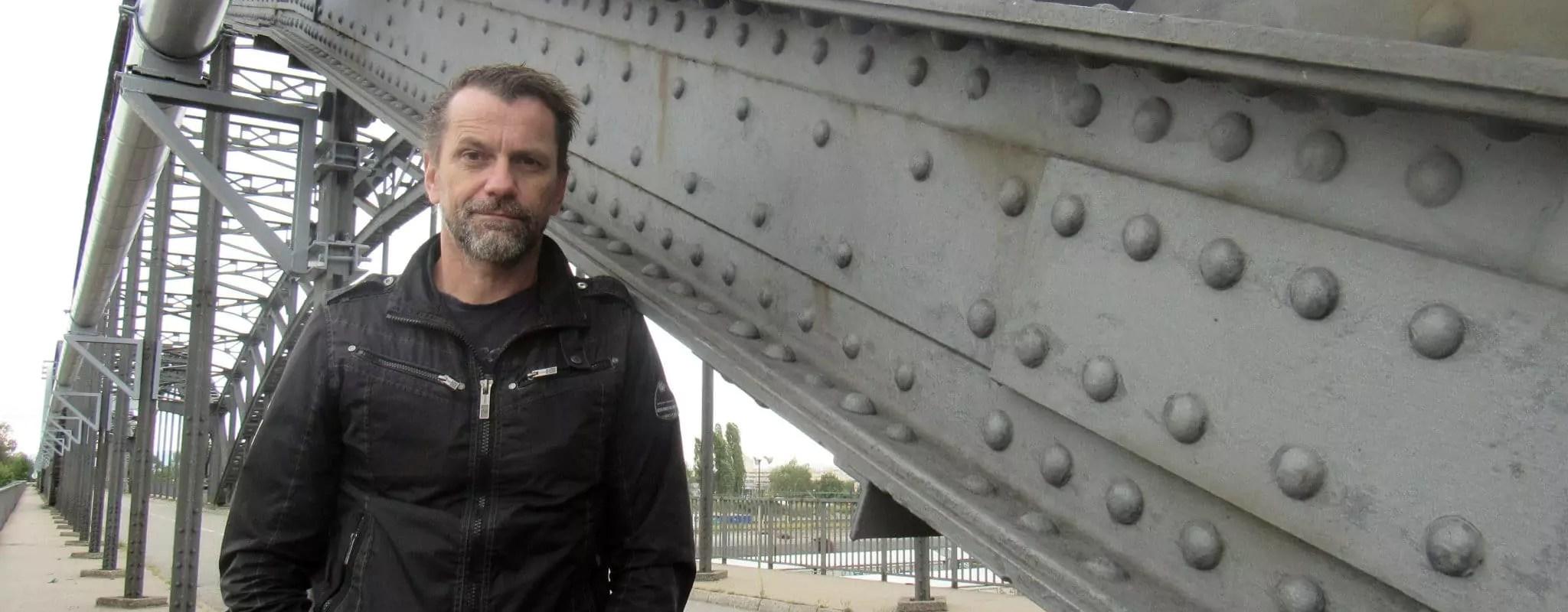 Tourné à Strasbourg, primé à Cannes, Sauvage dévoile la prostitution masculine