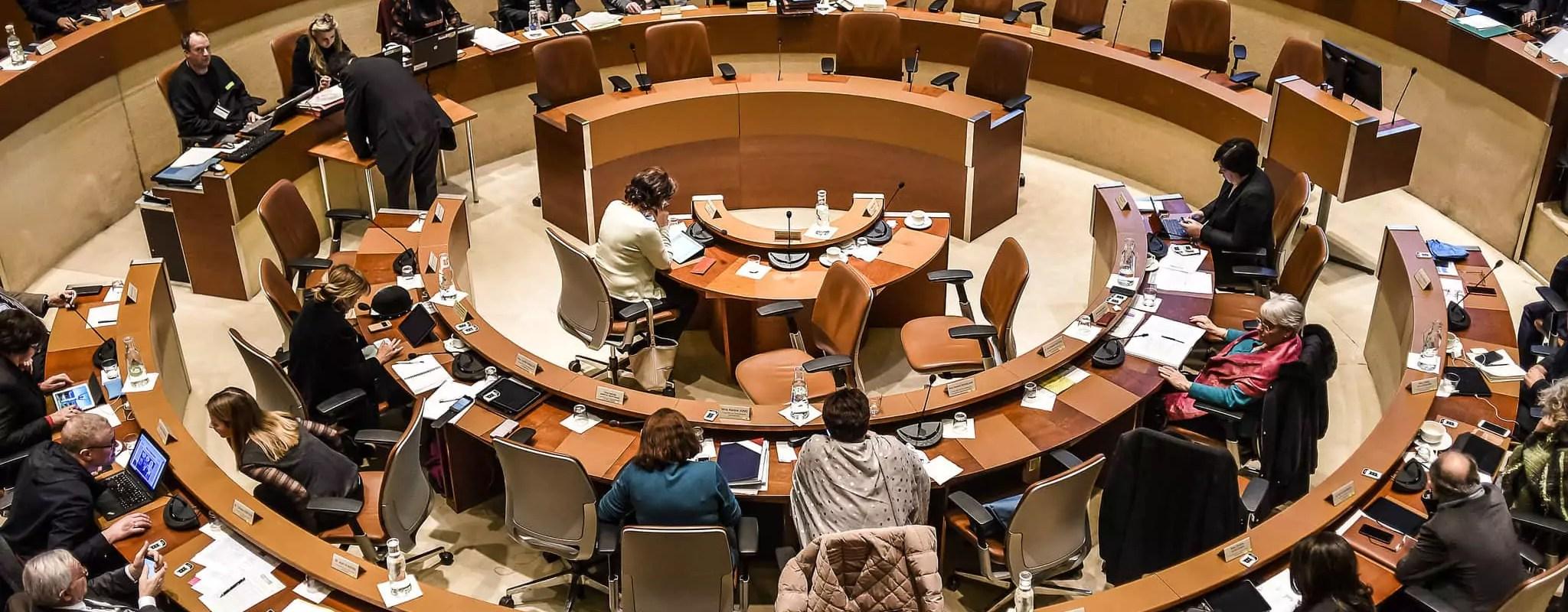 Au conseil de l'Eurométropole, un sursis pour la SIG Arena, AirBnb, séismes et transports gratuits les jours de pollution