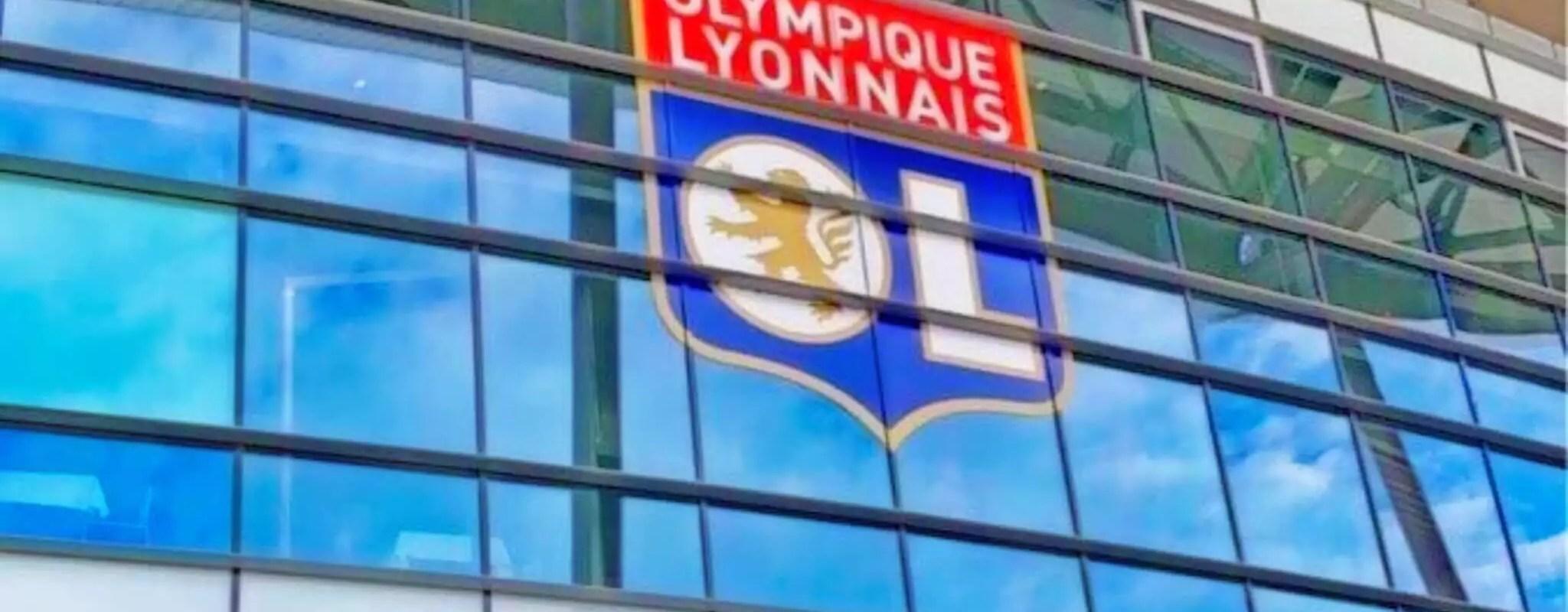 Face à un Olympique Lyonnais offensif, la défense du Racing doit se réveiller