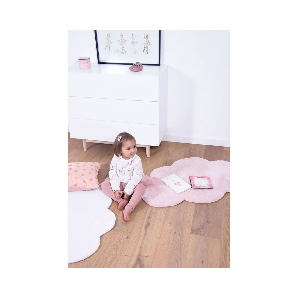 lilipinso tapis nuage rose pastel chambre bebe fille par lilipinso couleur rose taille 64 x 100 cm