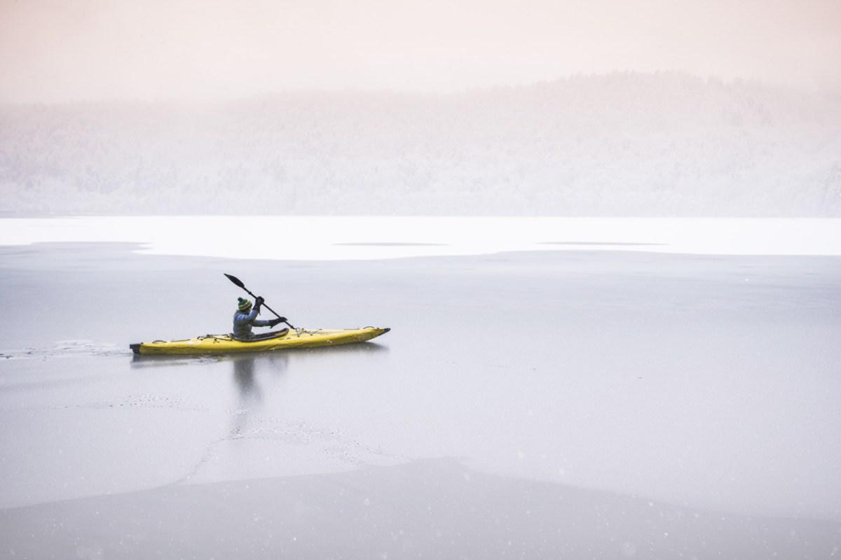 white paddling