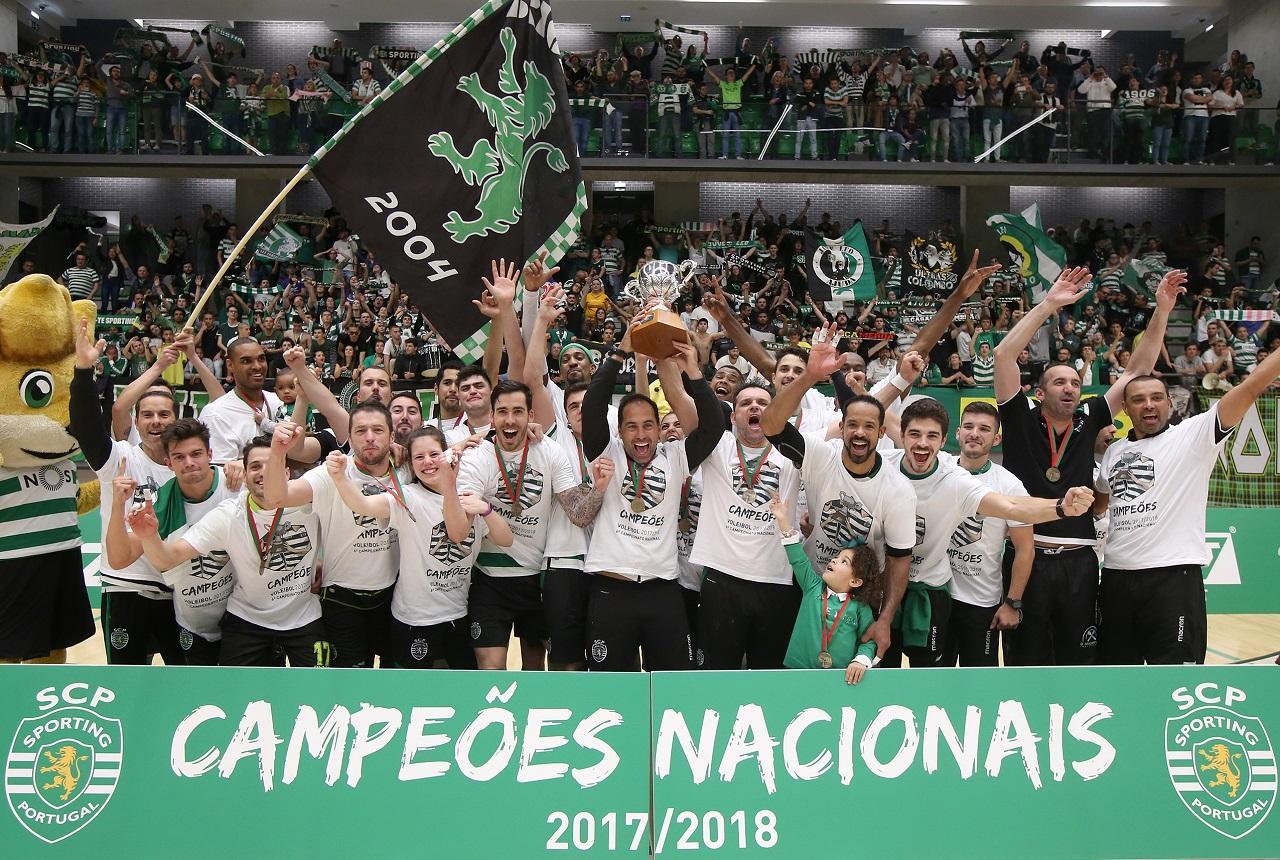 Neste dia… em 2018 – Campeões Nacionais de Voleibol após regresso ao fim de 22 anos