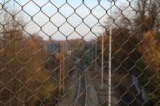 Blick durch den Zaun