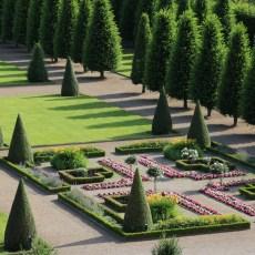 Hinter den Klostermauern – Grüße vom Terrassengarten in Kamp-Lintfort