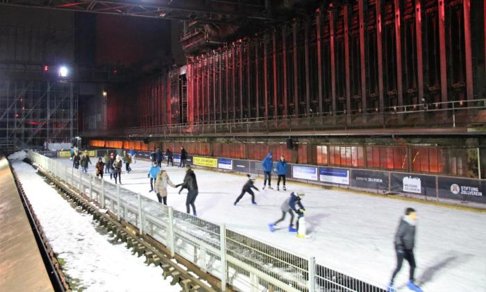 Eisbahn auf Zollverein