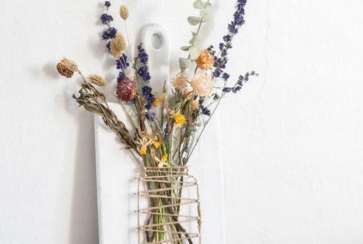 DIY Fadenbild Vase für Trockenblumen, einfaches und schnelles DIY für den Frühling