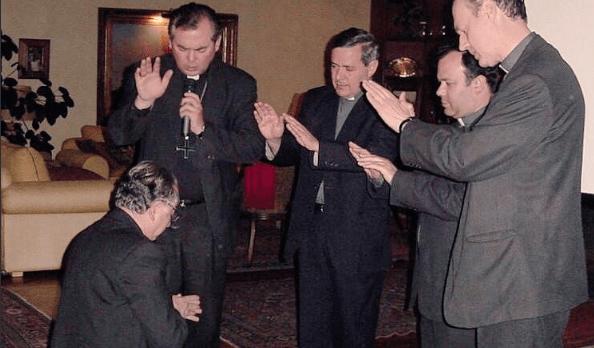 Resultado de imagen para cardenal errazuriz y karadima