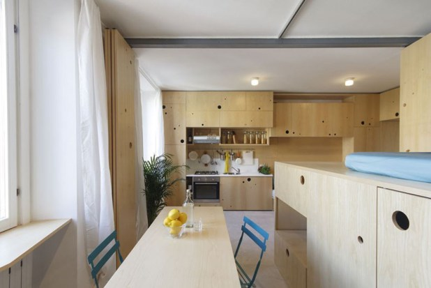 Small-apartment-in-Milan-dining-area